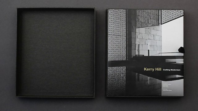 Kerry Hill. Crafting Modernism / Oscar Riera Ojeda Publishers