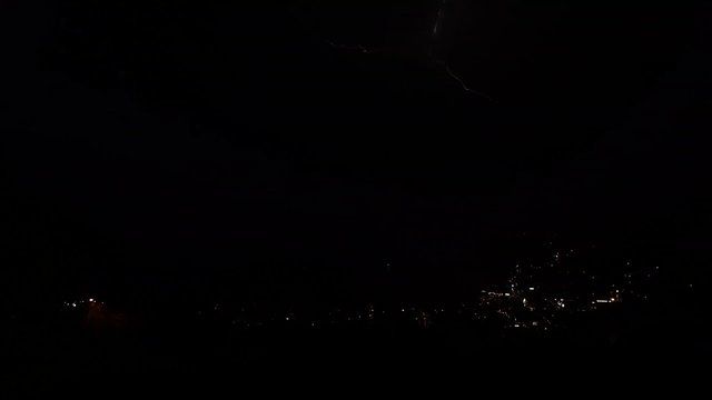 Lightening Queenstown 14-10-13
