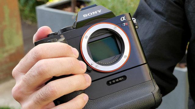 Sony A7 y A7R: apuesta por el formato completo