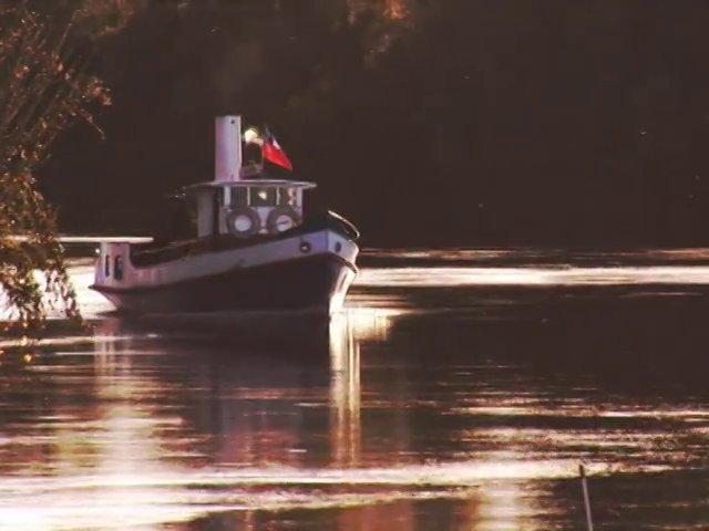 El Río Bueno fue un río navegable antes del terremoto de los años 60.  Vestigios de esa grandeza quedan aún en muchos lugares de su ribera.