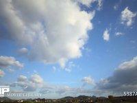 青空と雲の流れ 微速度撮影 少しづつ雲が増えて曇ってきます