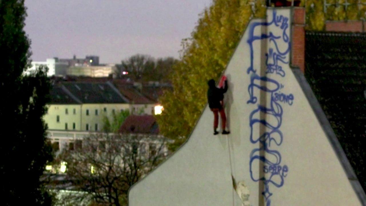 Hello from berlin berlin kidz the whole house ilovegraffiti de