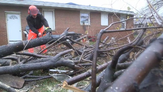 Baptist Relief brings hope to Midwest tornado survivors