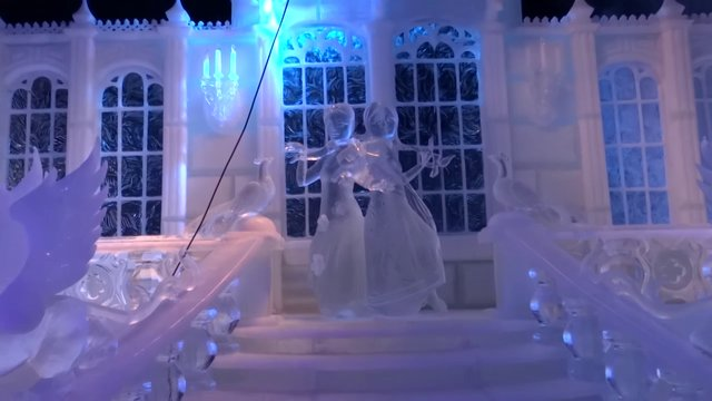 Disney's 'Frozen' Ice Sculpture Festival Bruges '13
