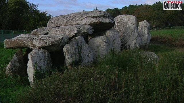 Carnac Menhirs - Les Menhirs en automne -  Carnac stones - TV Quiberon 24/7
