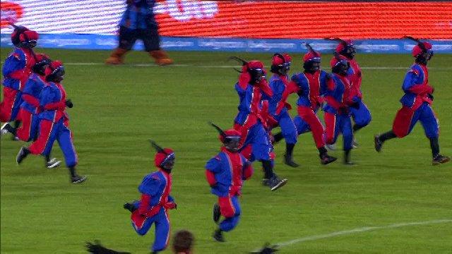Animatie Sinterklaas en zwarte pieten voor Club - KV Oostende (30 november 2013)