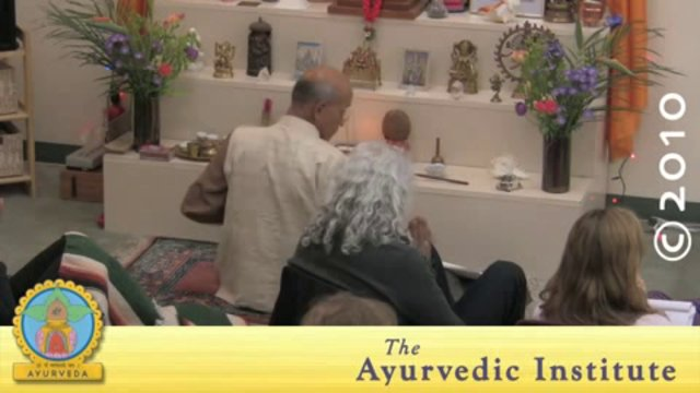 Ayurvedic Cooking: Basic Ayurvedic Cooking with Indian Cuisine