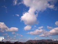 青空と雲の微速度撮影 地上風景あり  西向き 西の風