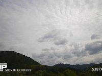 2層に流れる雲の動き 微速度撮影 南向き 上奏西の風 下層 東の風