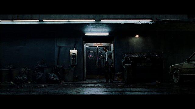 Fight Club scene with Tyler Durden digitally removed. [0:54]