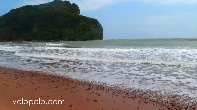 Bang Boet Bay in Prachuap Khiri Khan