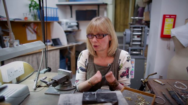 Annette Gabbedey - Jeweller with no fingers