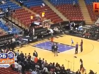 This Little Kids Scores on Dwight Howard in the Coolest Way