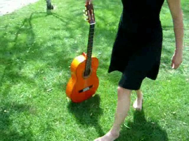 """Charlotte Astier """"Ma petite est comme l´eau"""" on Vimeo"""