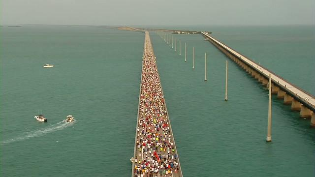 2010 Seven Mile Bridge Run - Raw Video