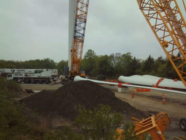 University of Delaware Wind Turbine Construction - Time Lapse from Site
