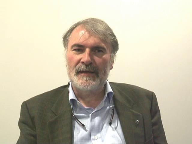 Intervista a Marco Bersanelli docente di Astronomia e Astrofisica all'Università degli Studi di Milano.