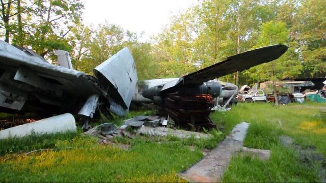 Airplane Junkyard - Newbury, Ohio on Vimeo