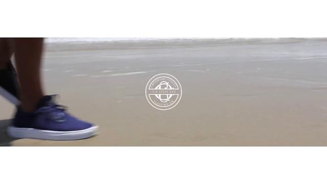 "Video: Crooks & Castles Summer 2010 Footwear ""Decklo"""