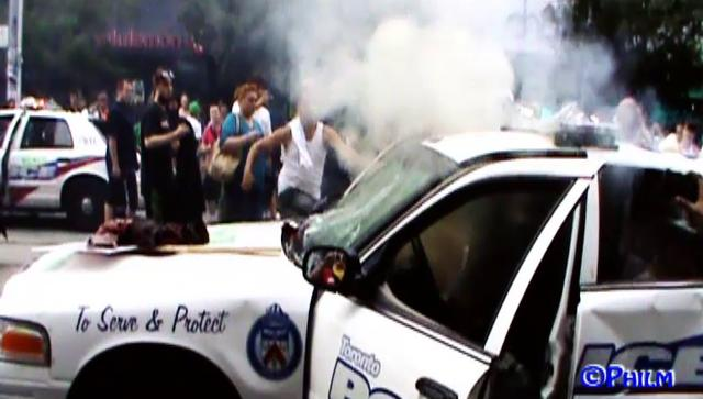 Toronto G20 _ Police Car Burning