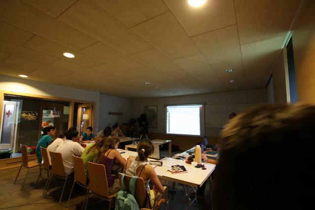 Classe d'astronomia a les E2C3