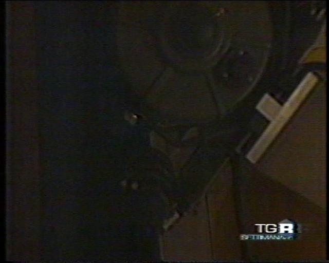 15-11-2003 2 TGR - Il Settimanale - Servizio sull'Osservatorio Astronomico Colle Leone