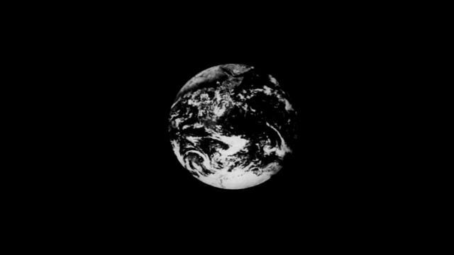 太田幸夫 「国際相互依存状況の視覚化」(1978-79年)