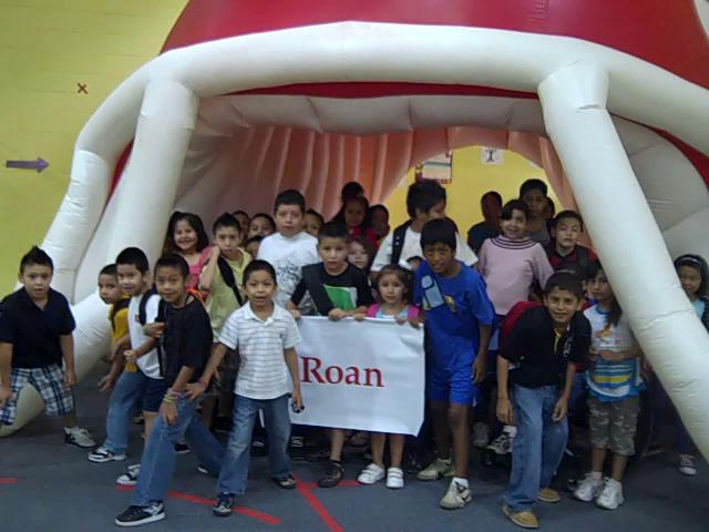 Dalton catamounts visit roan school