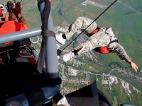 Skydiving over Arsenal Park