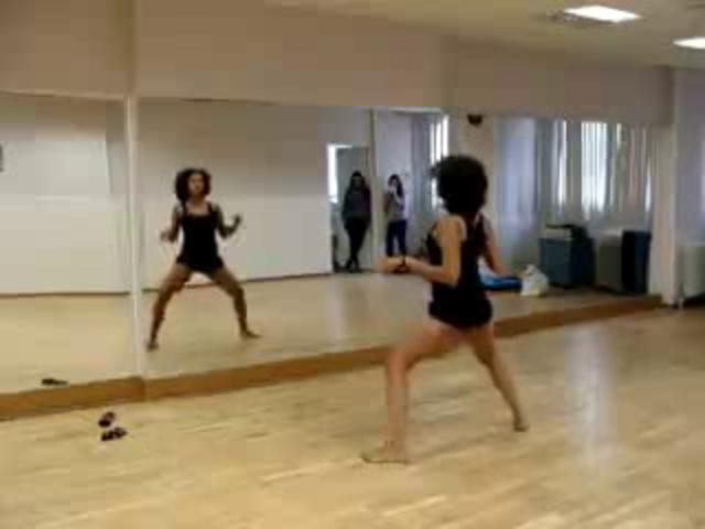Видео танца Booty Dance (бути дэнс).