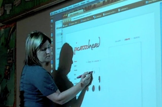 Create an Interactive Whiteboard with a Wii Remote!