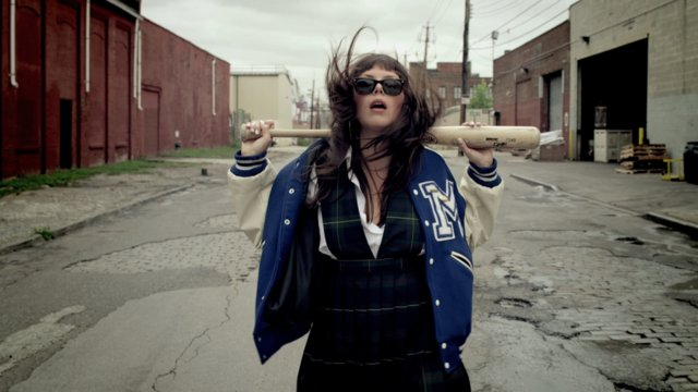 Music Video: Sleigh Bells – Infinity Guitars