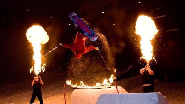 Snow & Fire show @ Ski Dubai