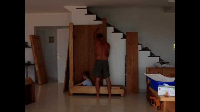 Private video on vimeo for Comment fabriquer une armoire