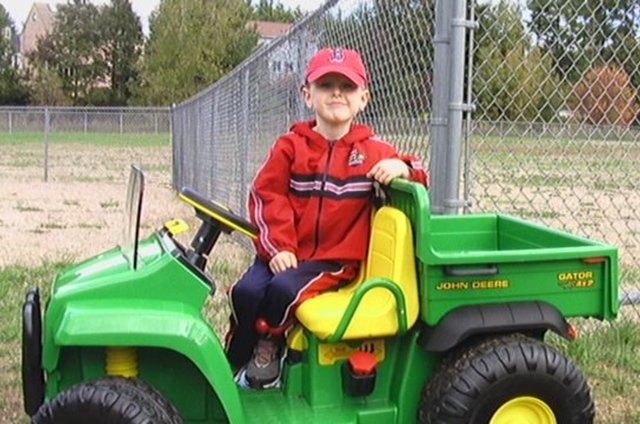 Kyle Driving His John Deere Gator On Vimeo