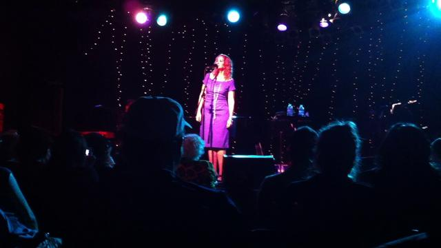 Joan Osborne - One Of Us - Live at The Roxy