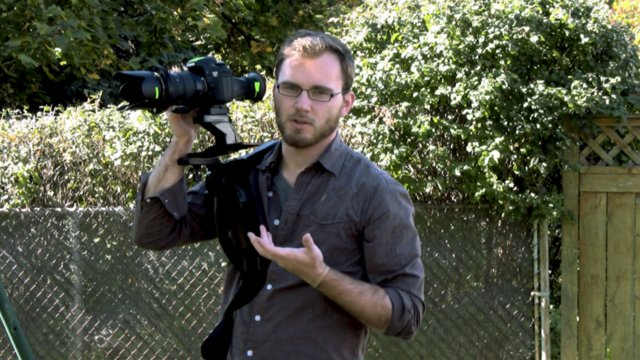 DSLR Episode #10: $20 Dollar Shoulder Rig For HDSLR Use.